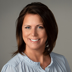Lori Hines's Headshot